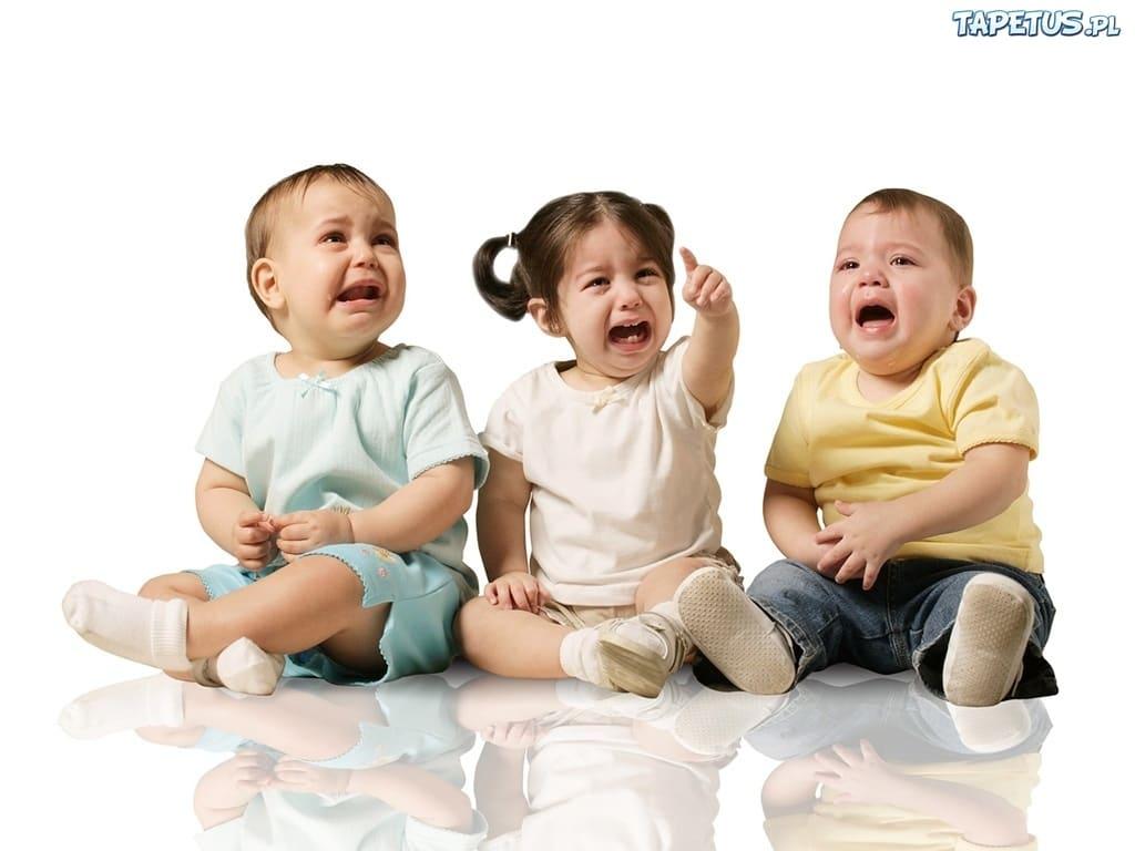 76163 rozplakane dzieci